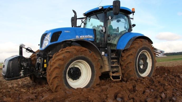 Parts de marché tracteurs 2013 - Olivier Leflohic (New Holland) : « Un marché surévalué »