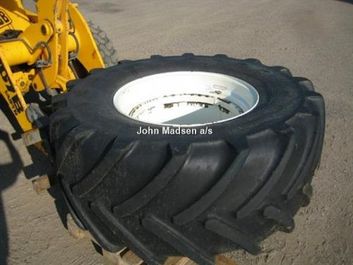 Divers 600/65R28 Michelin XM28