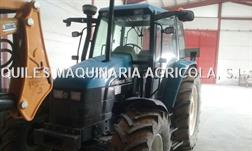 New Holland TS100 4WD + PALA TENIAS
