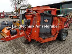 Kuhn Polycrok 3850 Silokamm mit Fahrwerk