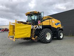 New Holland FR 9040