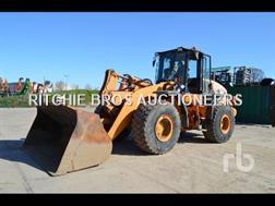 CASE Construction 821E Chargeuse Sur Pneus