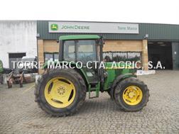 John Deere 6400