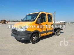 Iveco 35C13 Camion Benne Double Cabine Crew Cab