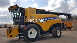New Holland CR8-90
