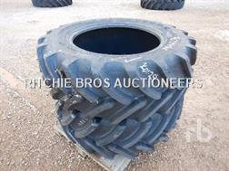 Firestone 440/65R28 Qte De Pneus Qty Of
