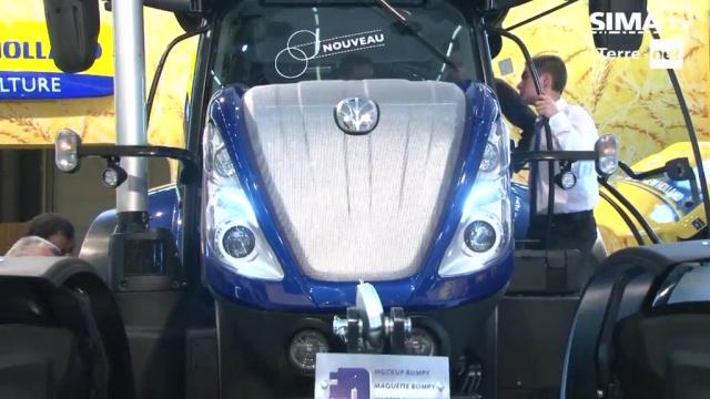 Tracteur New Holland - A voir sur le Sima la belle gueule du T7 !