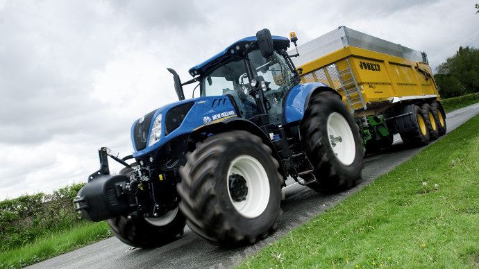 Evolution tracteur - New Holland T7châssis long avec un nouveau pont avant suspendu