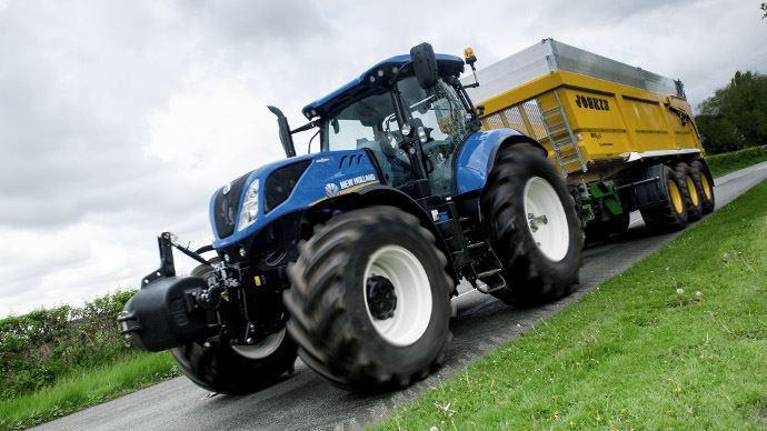 Évolution tracteur New Holland - T7châssis long: un cru 2018plussûr et plus confortable