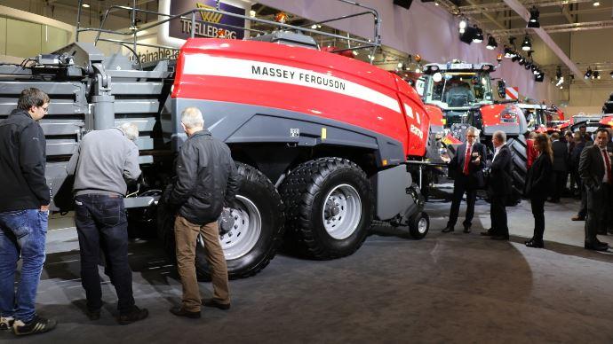Presse haute densité - Massey Ferguson 2370 UHD: le pressage Ultra Haute Densité