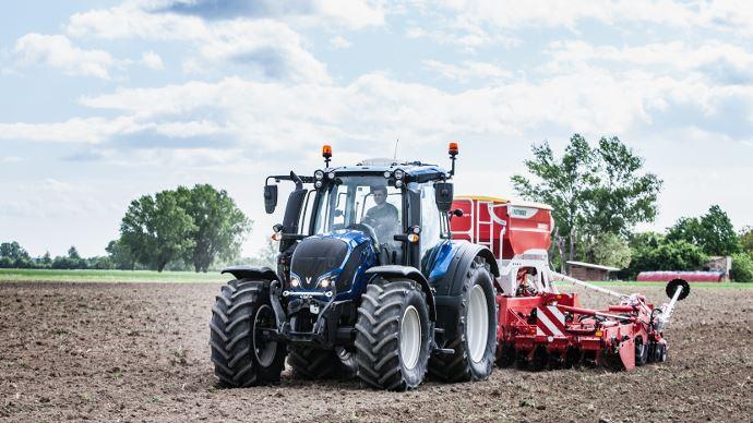 Biocarburant - Chez Valtra, les tracteurs carburent au diesel 100% renouvelable!