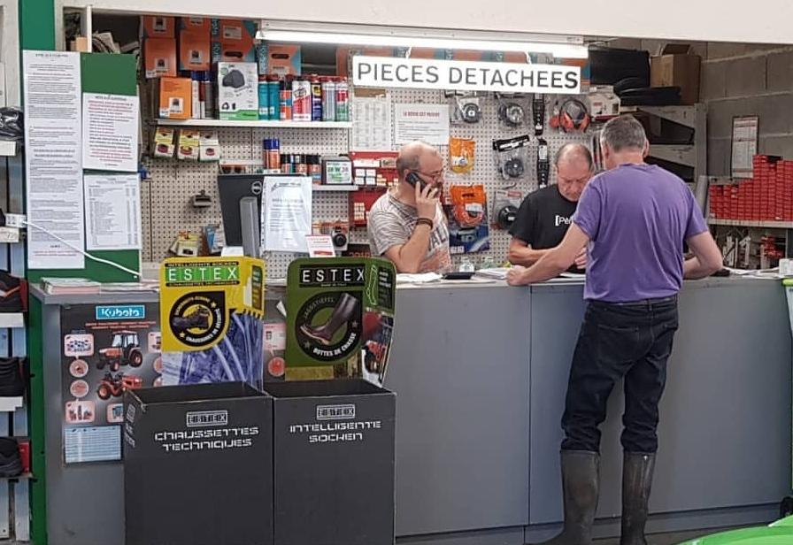 Photos de l'atelier du magasin de Limoges-Landouge