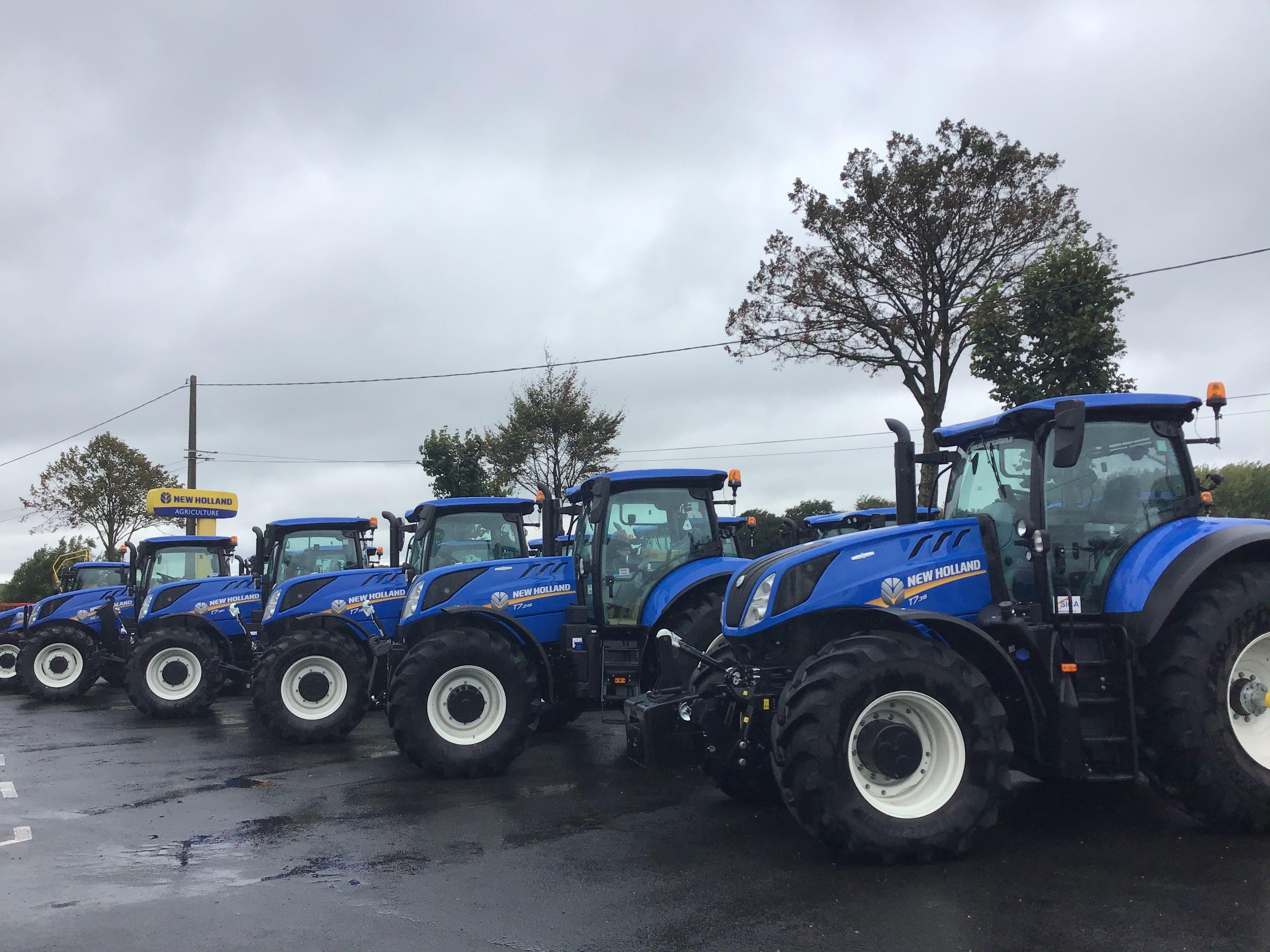 Un grand nombre de tracteurs New Holland vendus , trouvez le vôtre !